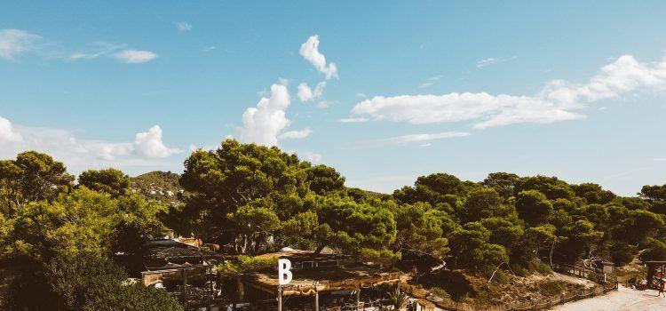 Beso Beach devuelve la pasión a Ibiza