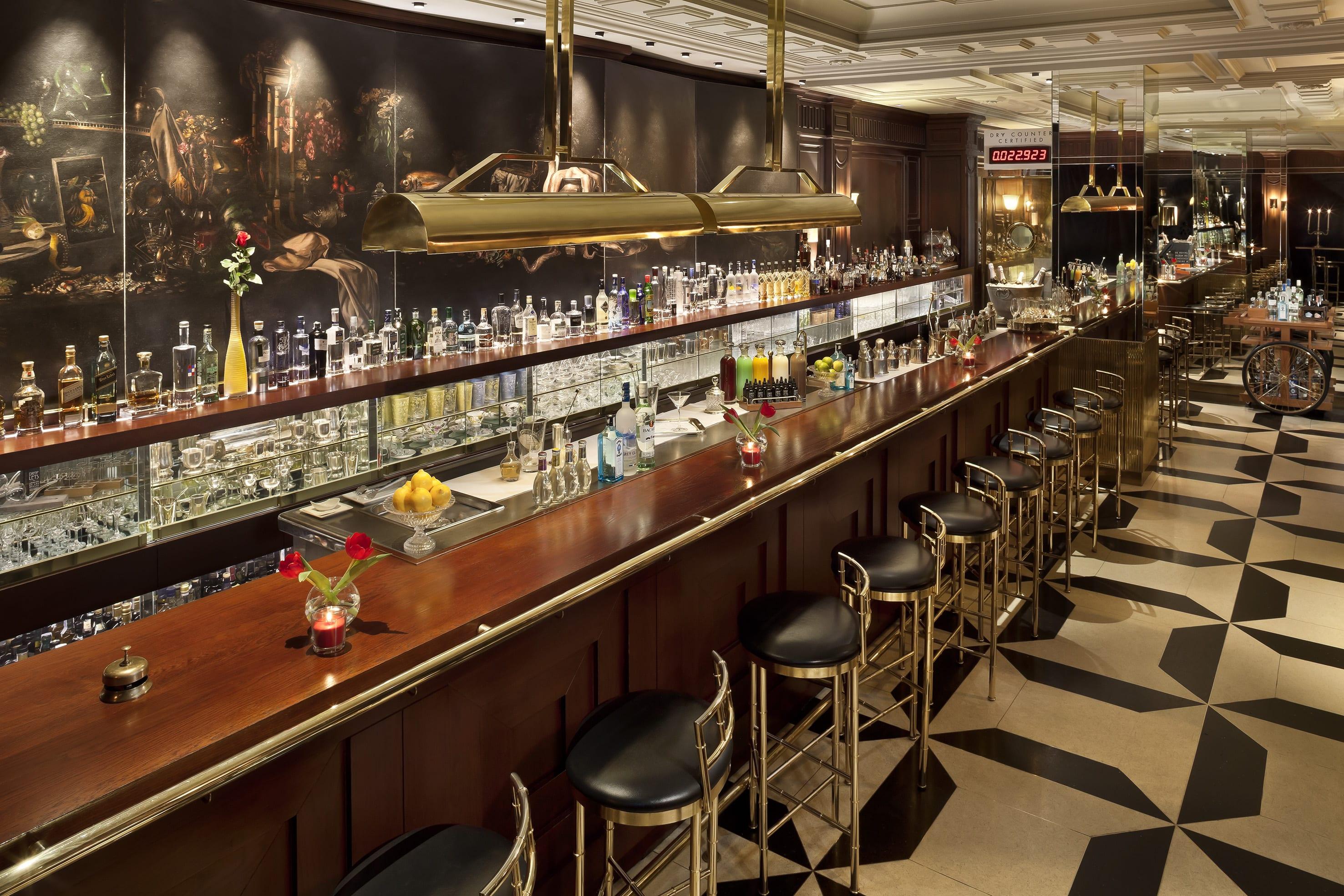 Gran Meliá Fénix Madrid - Dry Martini Bar by javier de las Muelas