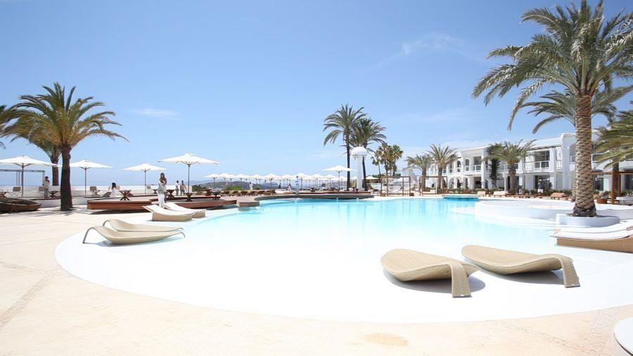 destino-pacha-ibiza-mejores-hoteles-ibiza-2020