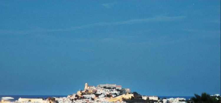 Casa Maca Ibiza - Amorevore