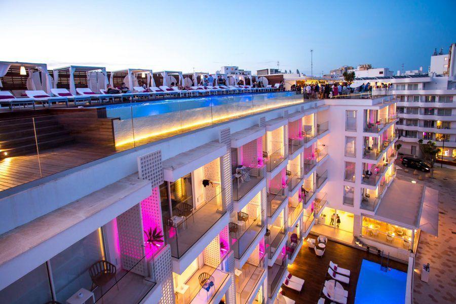 one-ibiza-suites